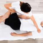 Pain Relief: Chiropractic Benefits and Risks